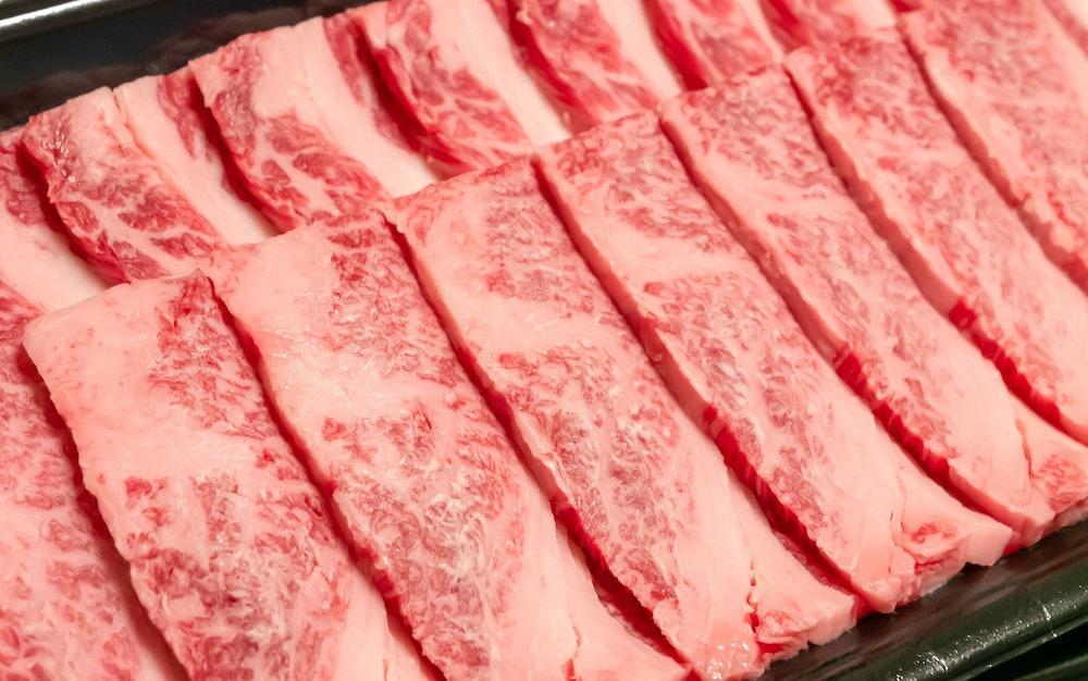 霜降りの牛肉の画像