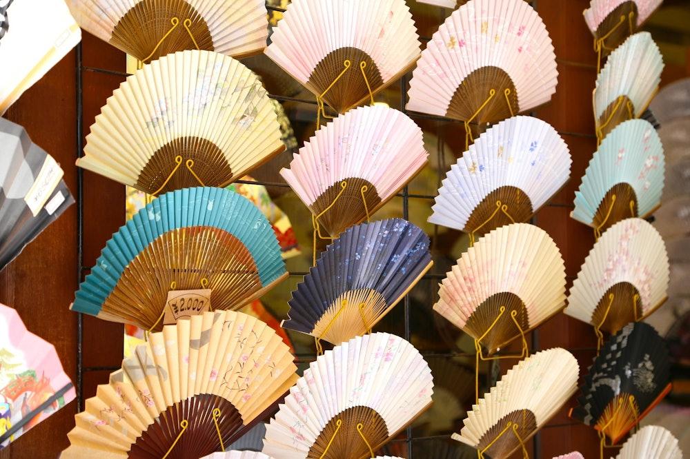 京都の扇子の画像